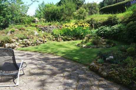 a-garden-to-sit-in